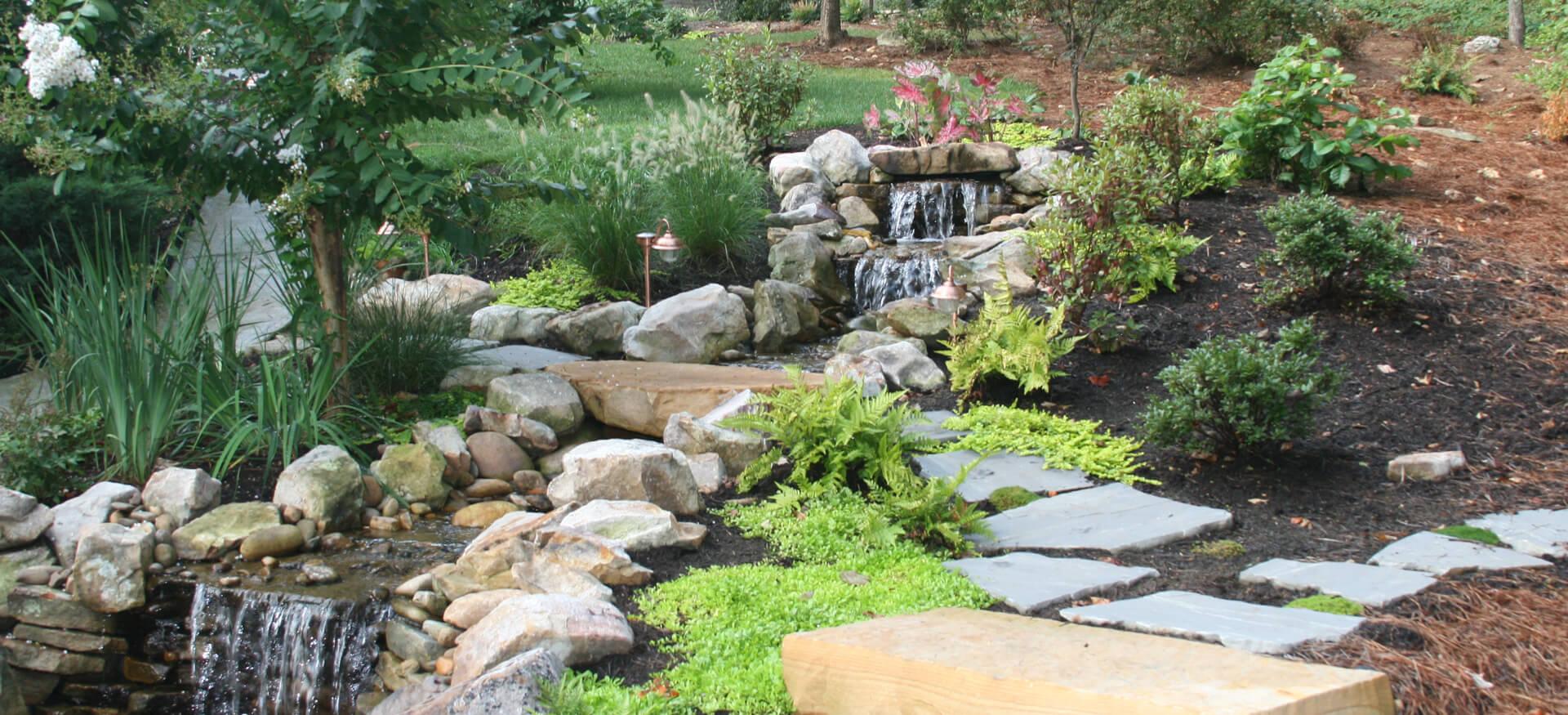 Pondless waterfall design pondless waterfall for Waterfall installation