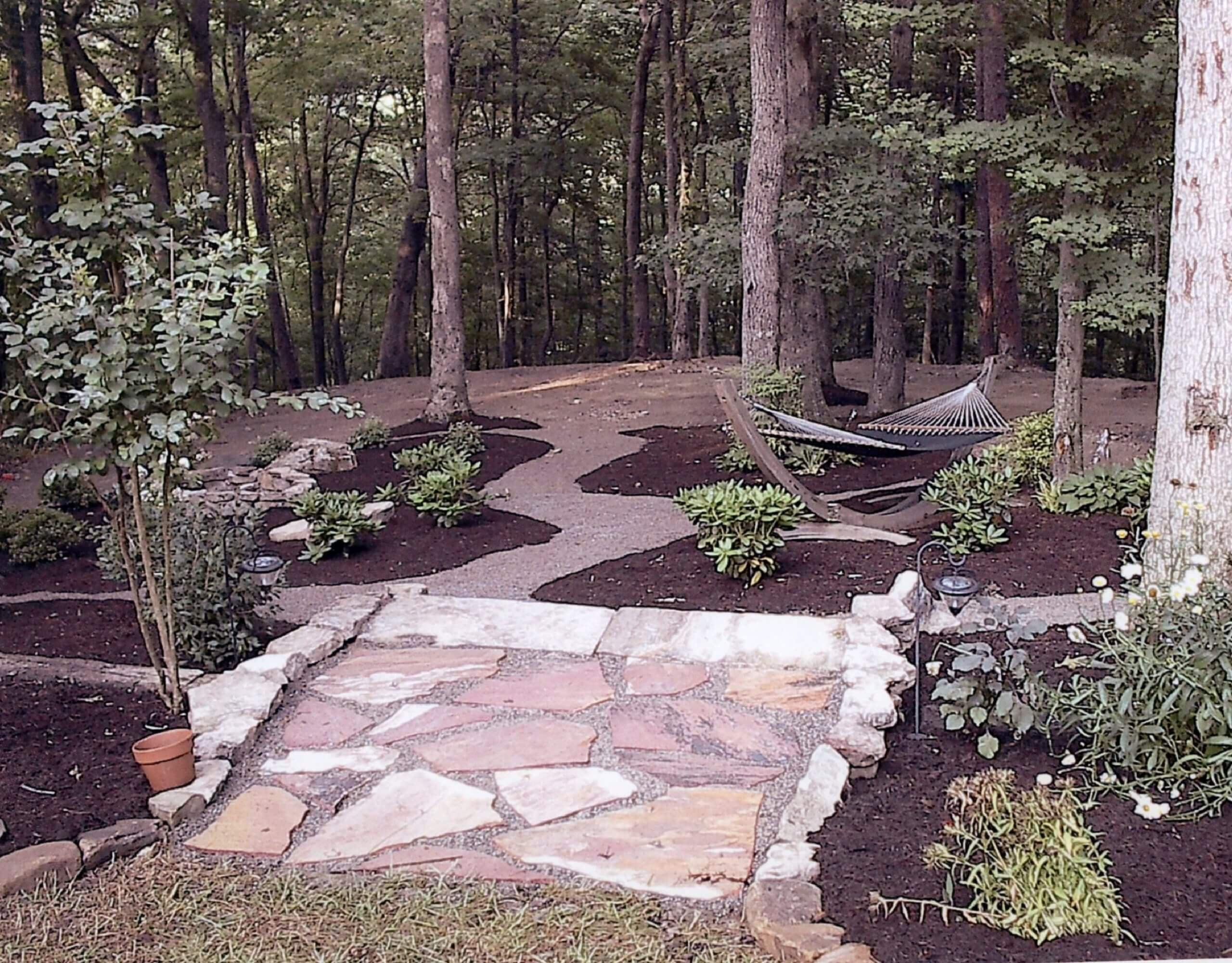 Woodland garden landscaping in Clinton Tennessee